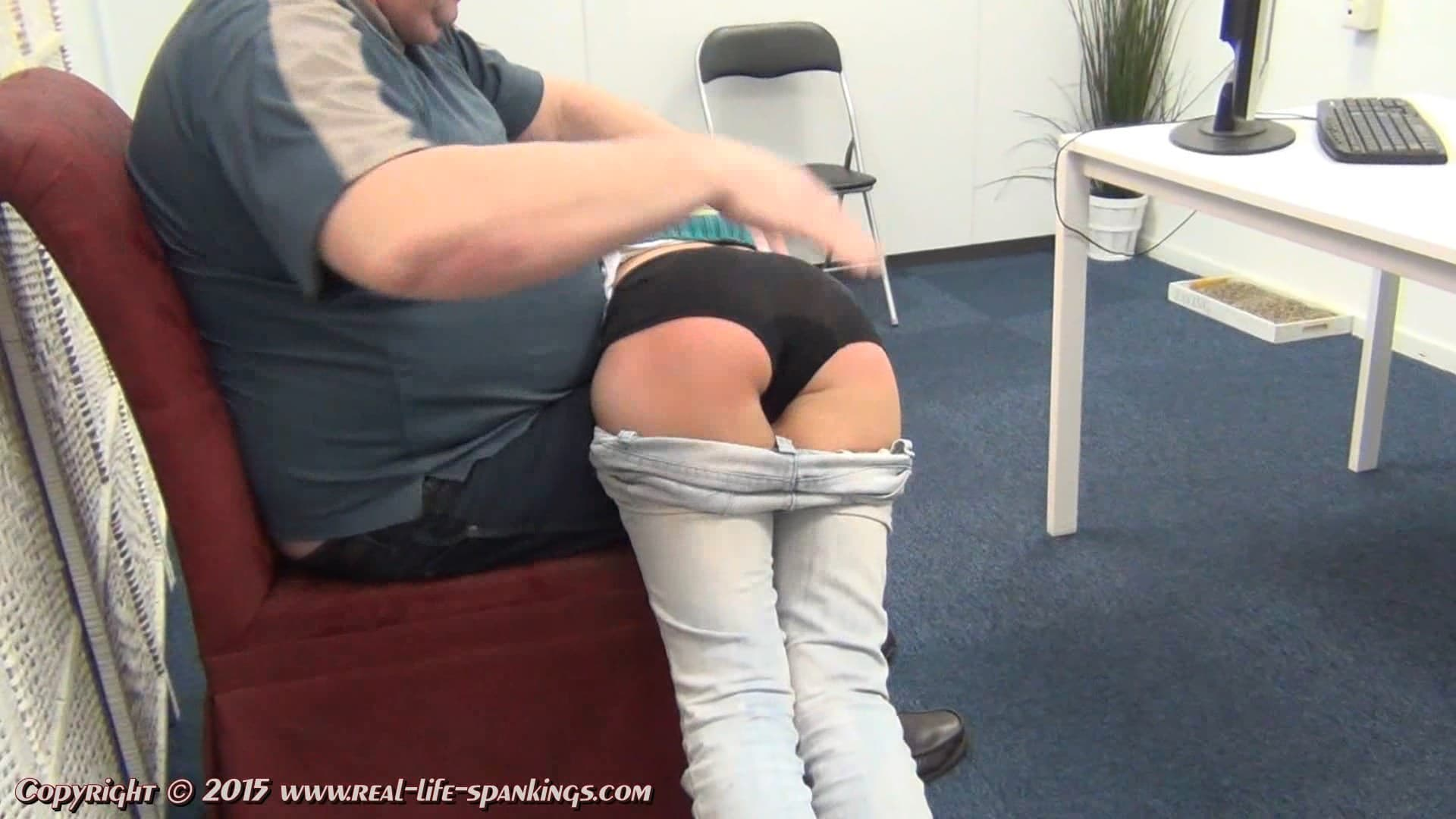 Real Life Spankings – MP4/Full HD – Annelies – Annelies's First Spanking