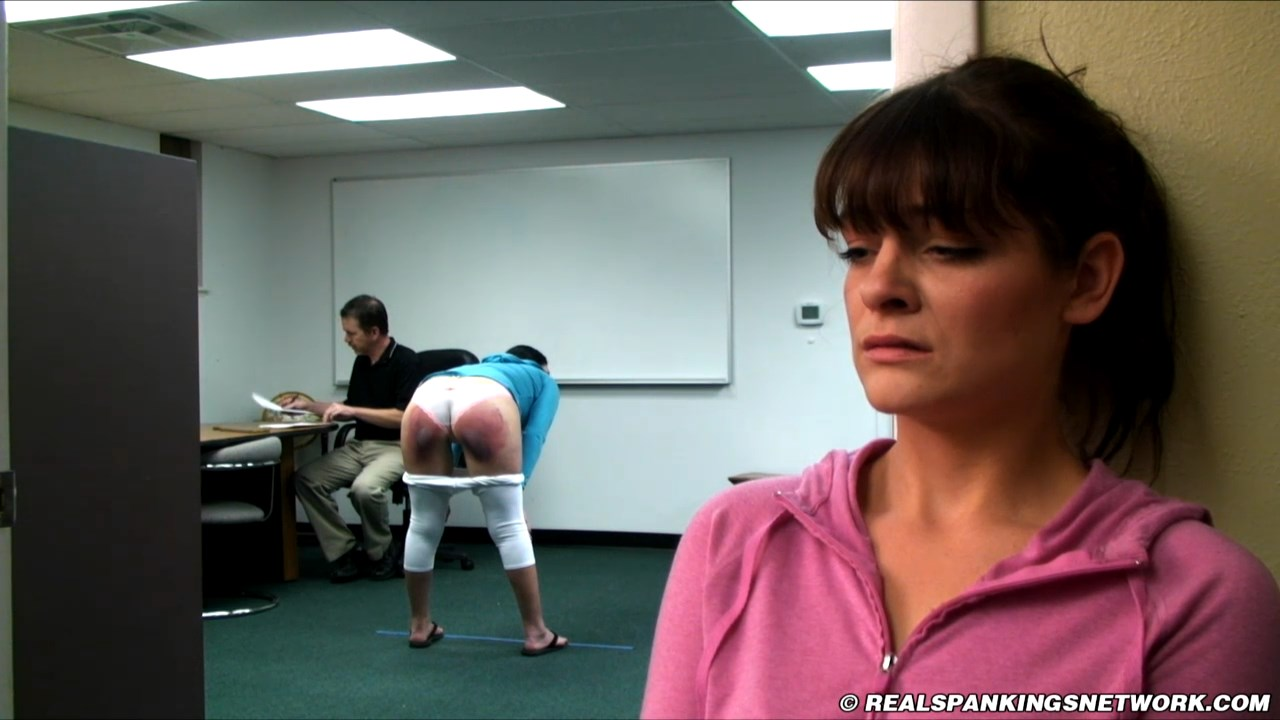Real Spankings Institute – MP4/HD –