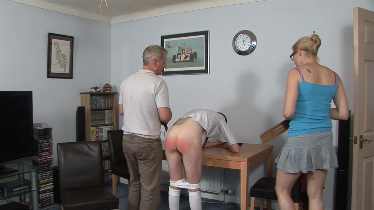 Spanked Cheeks – MP4/Full HD –  Katja, Miss Lina – Looking At Porn