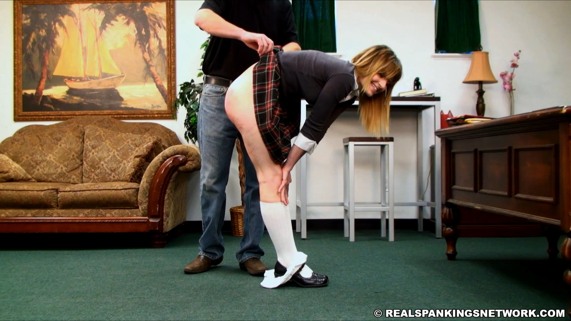 Real Spankings Institute – MP4/Full HD – RealSpankingsInstitute
