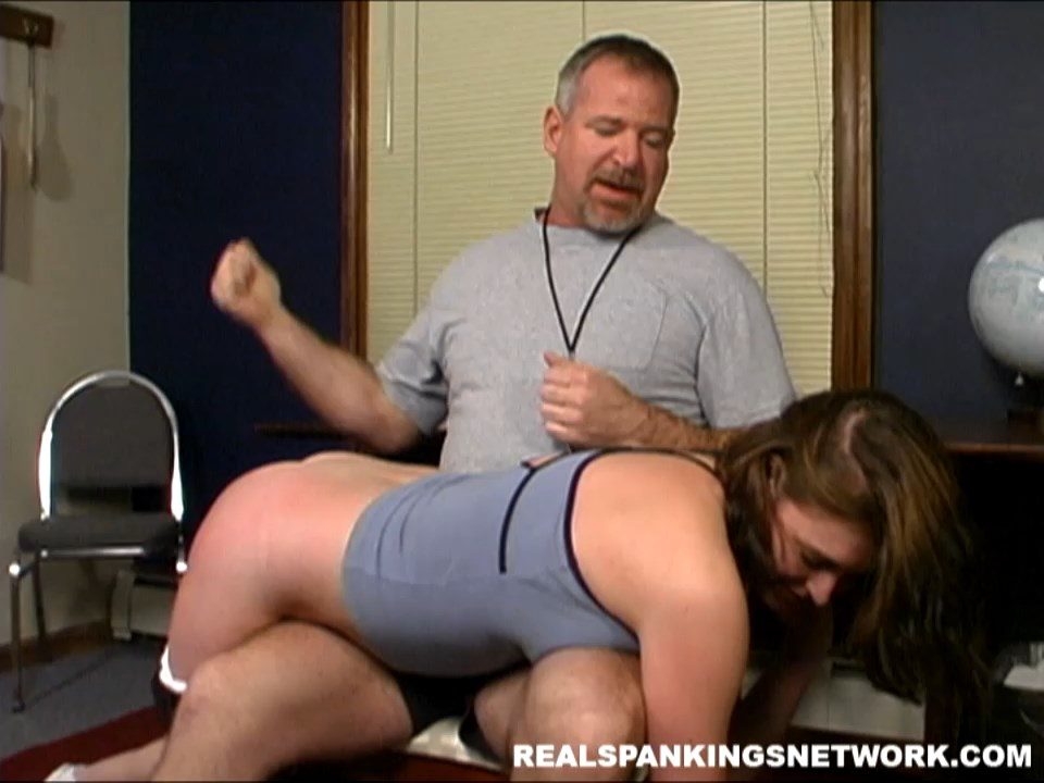 Real Spankings Institute  – MP4/HD –  Melody – Pulled Out Of Gym And Spanked
