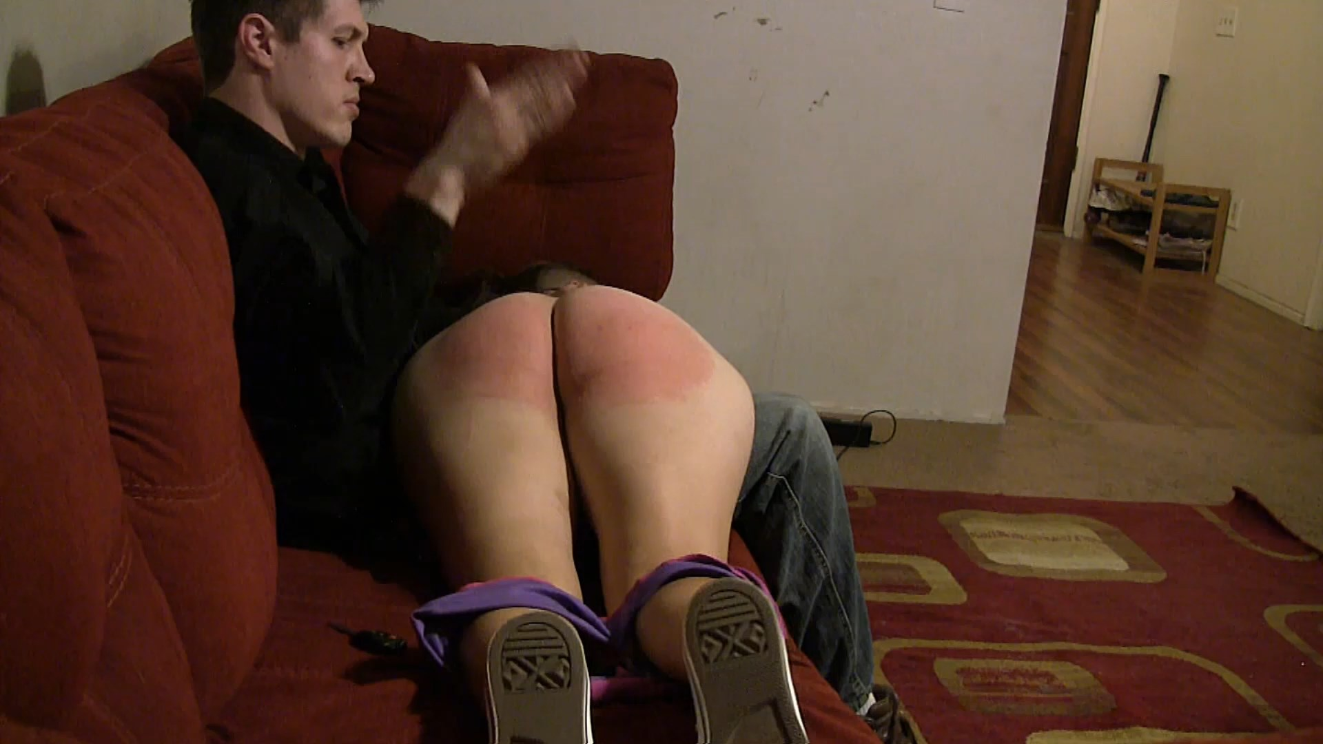Disciplinary Arts – MP4/HD – Andrea Feels – Andrea Feels The Hand