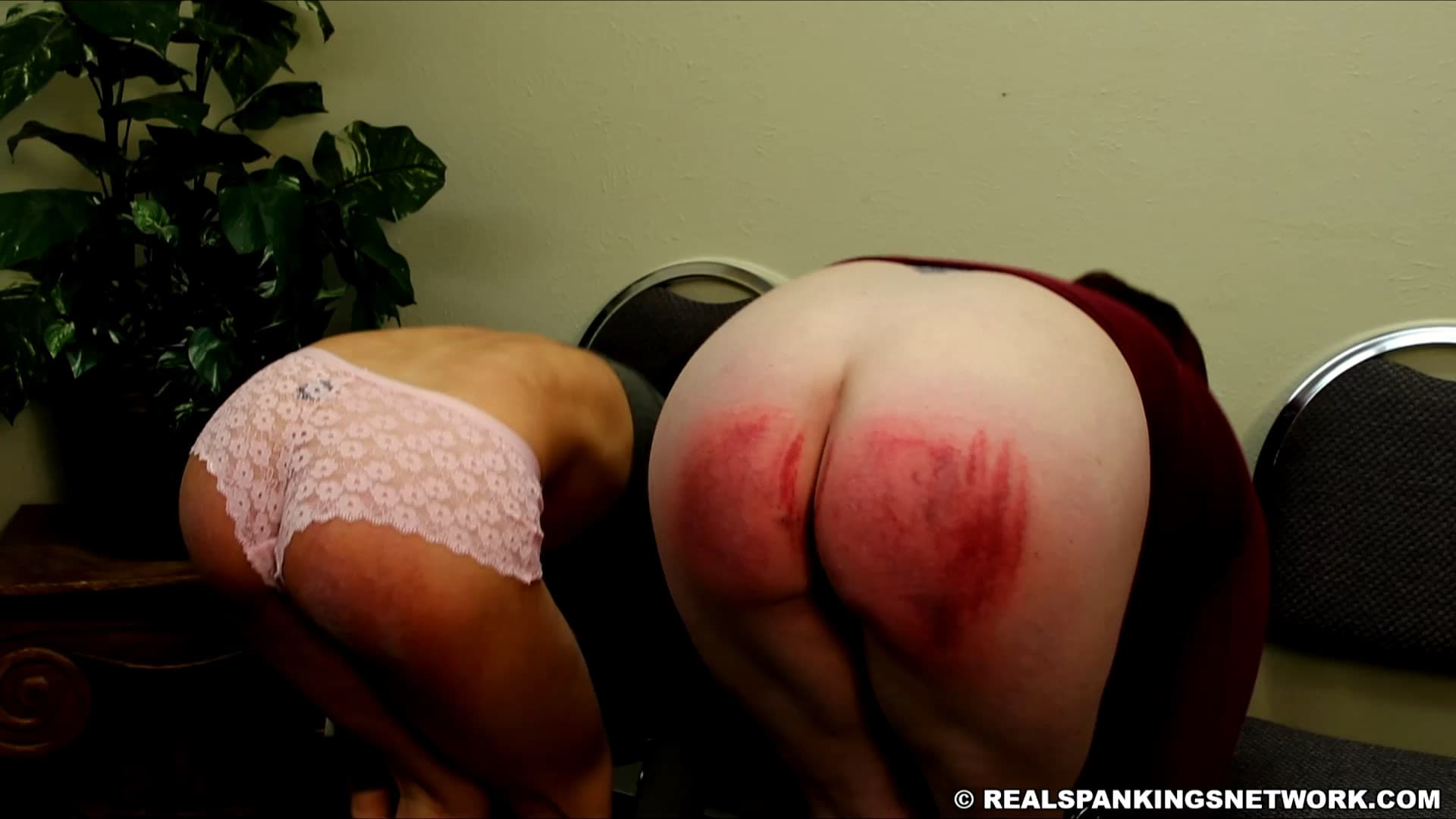 Real Spankings – MP4/HD  – Isabella – Two Girls Paddled (part 2 Of 2)