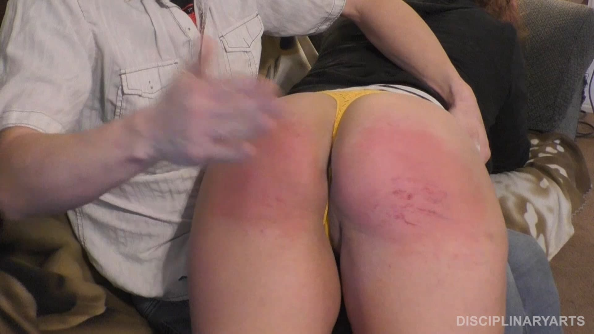 Disciplinary Arts – MP4/Full HD – Kyle Johnson, Roxxy – Roxxy's First Spanking