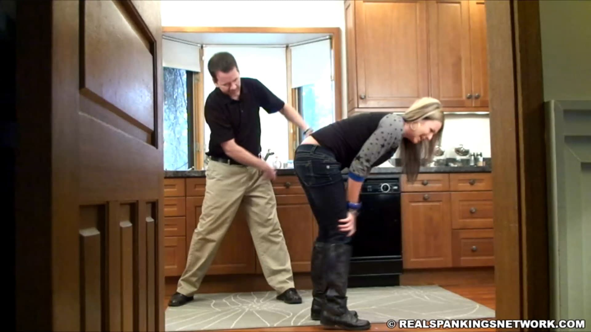 Real Strappings – MP4/Full HD – Riley – Riley Spanked With Mr. M's Belt