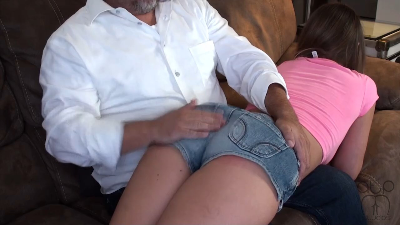 Assume The Position Studios – MP4/Full HD – The Master, Chrissy Marie – Chrissy Marie Over Daddy's Lap For A Spanking