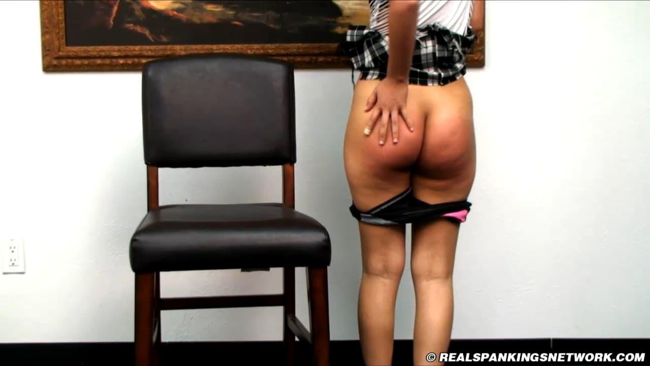 Real Spankings –  RM/SD – Kiki – A Long Hard OTK Spanking