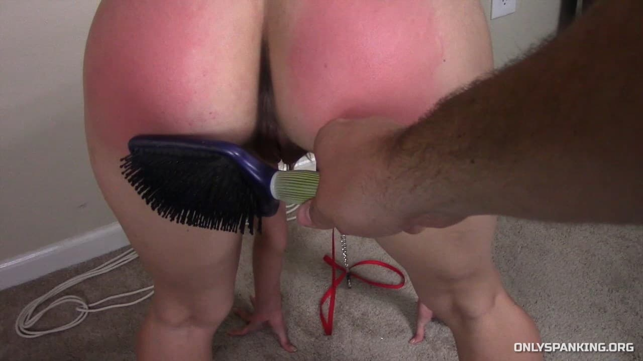Captive Chrissy Marie – MP4/Full HD – Chrissy Marie – Slave Training Part 1