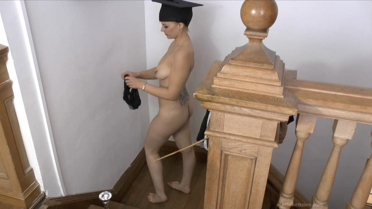 St Mackenzie's – MP4/Full HD – Miss Drogan – Sexy Teacher Miss Drogan Strips Naked Apart From Her Mortar Board Hat