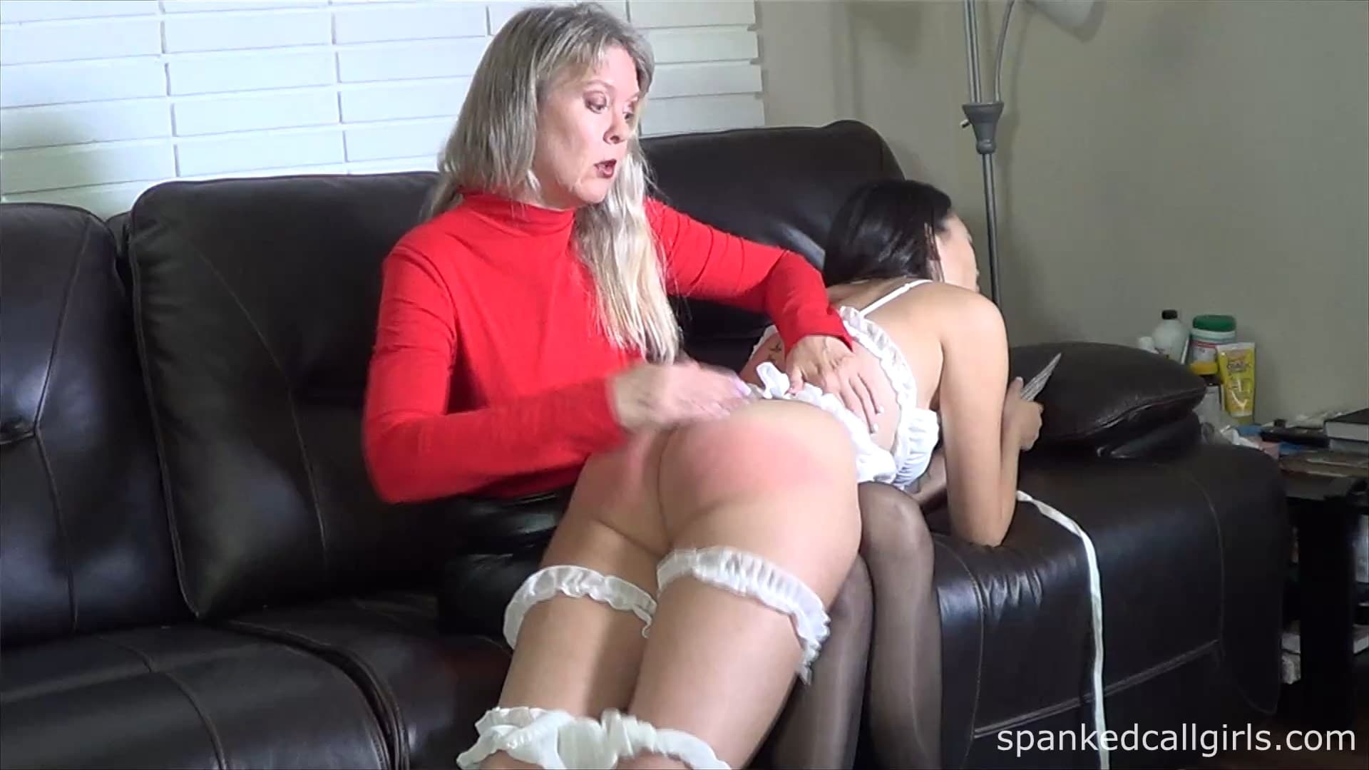 Spanked Call Girls – MP4/HD – Clare Fonda, Madi Laine – Madam Clare Spanks Madi Laine