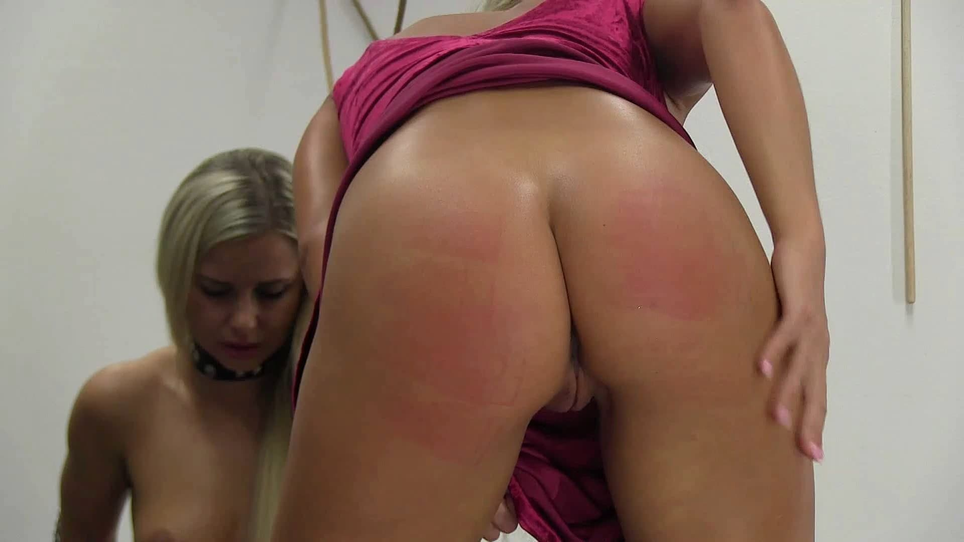 Spanking Server – MP4/Full HD – Victoria – 2021 – 09 Week