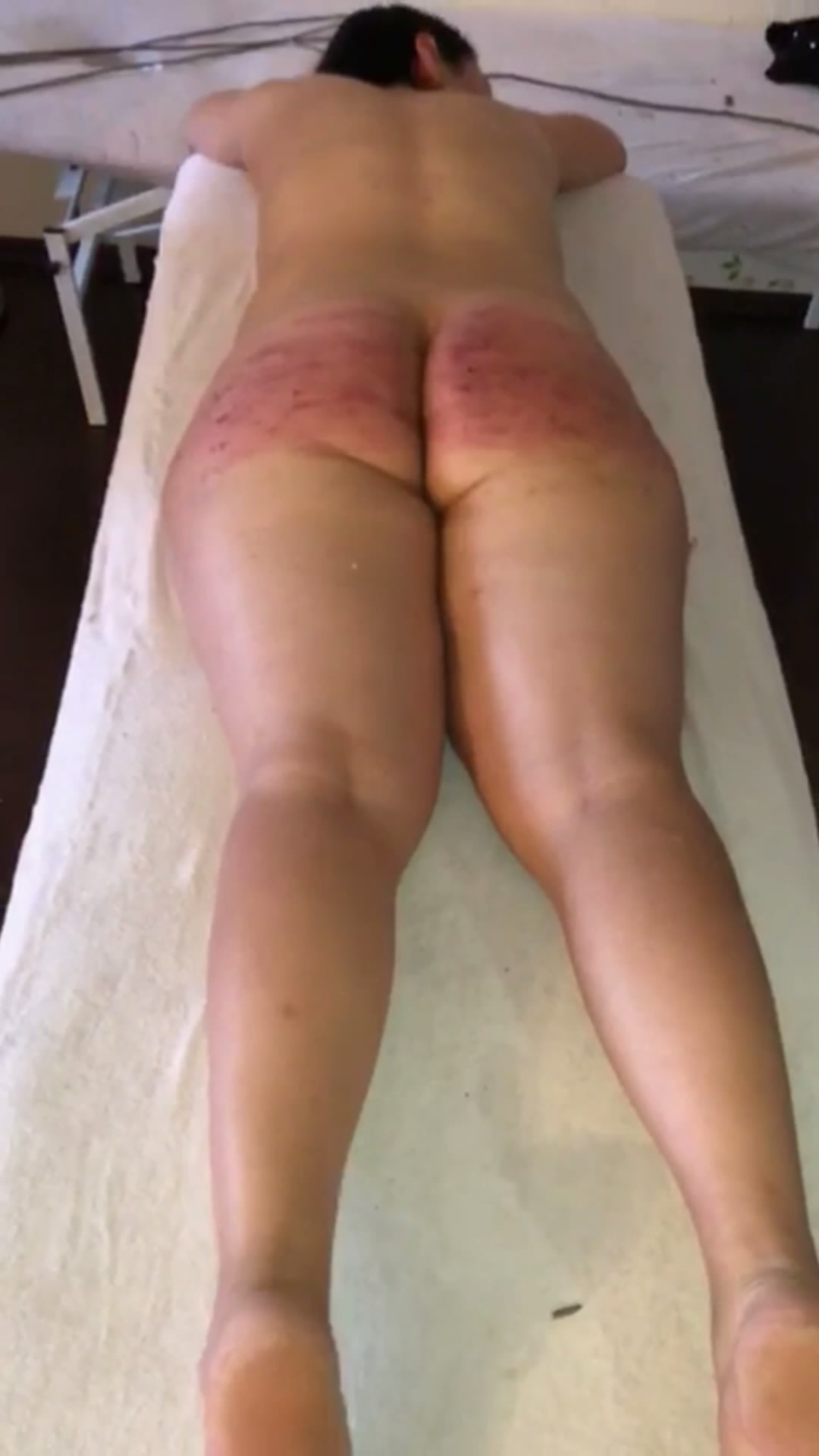 spankinganna – MP4/Full HD – Two Dominant Spanking My Beautiful Ass (Exclusive)